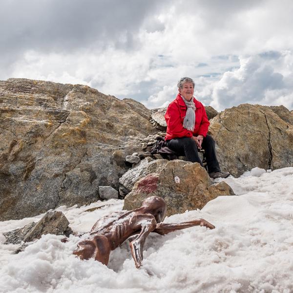 Ötzi Fundstelle mit Erika Simon
