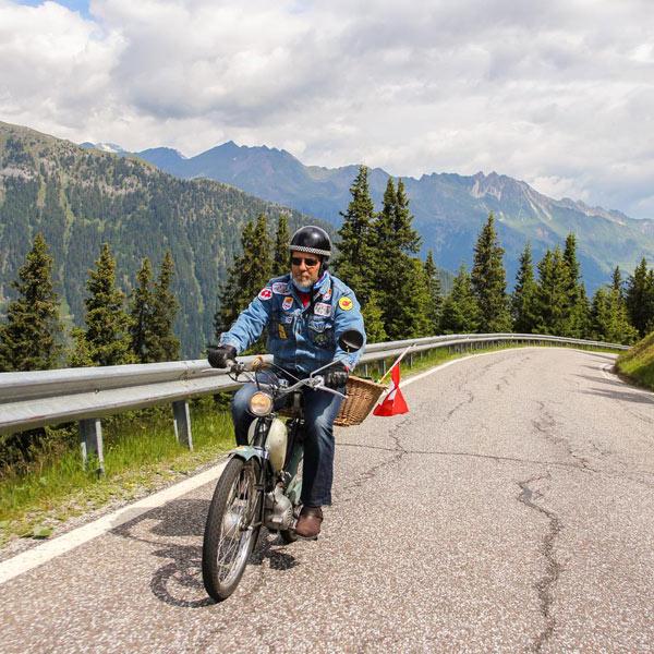 Fahrer beim Ötztaler Mopedmarathon