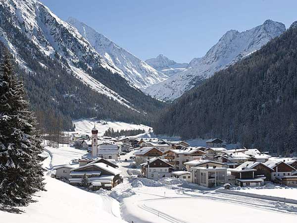 Ortsbild Gries - Die kleinen Skigebiete im Ötztal