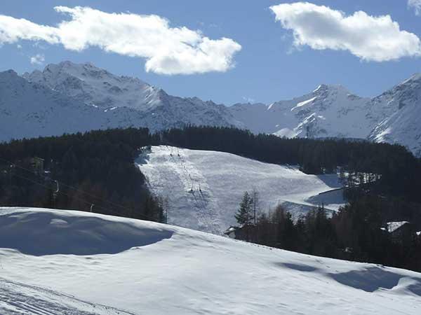Blick auf das Skigebiet Niederthai - Die kleinen Skigebiete im Ötztal