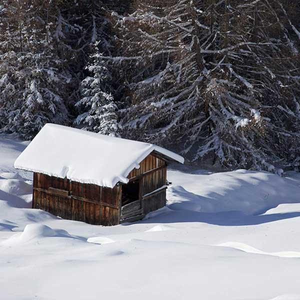 Einsame Hütte in Ochsengarten - Winterstart in Hochötz