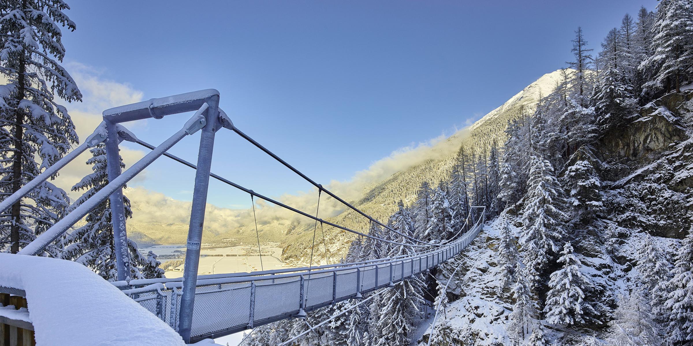 Hängebrücke Winter Längenfeld