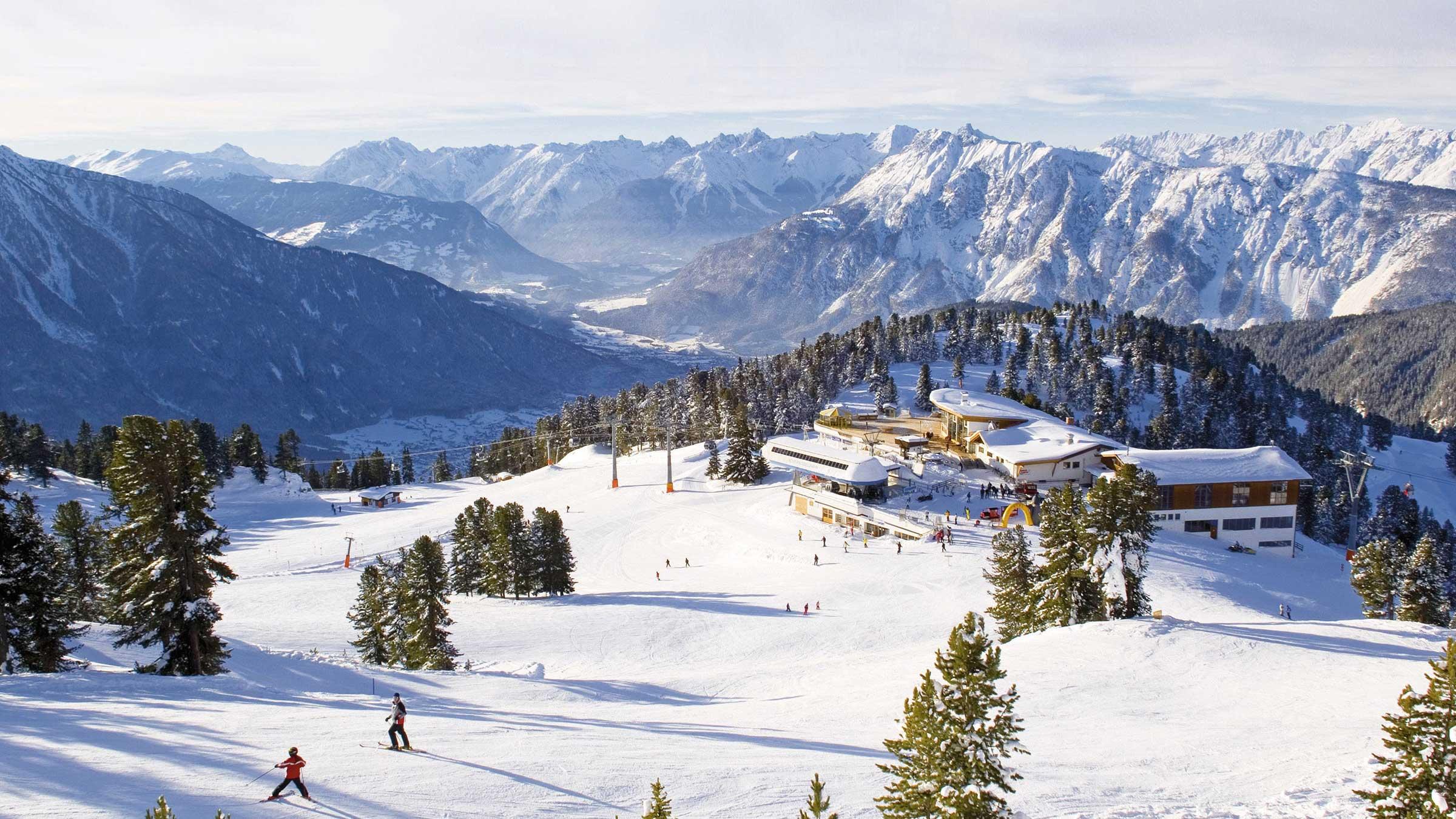 Familie am Vormittag, Pistenabenteuer am Nachmittag: das Skigebiet Hochötz-Kühtai