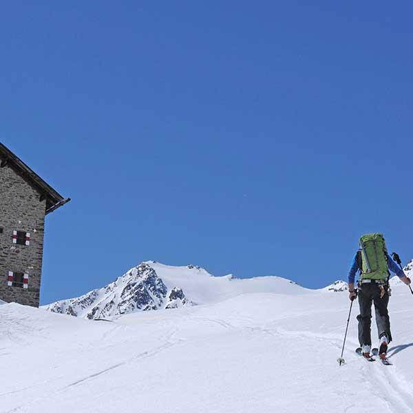 Tourengeher bei Martin-Busch-Hütte - Venter Runde