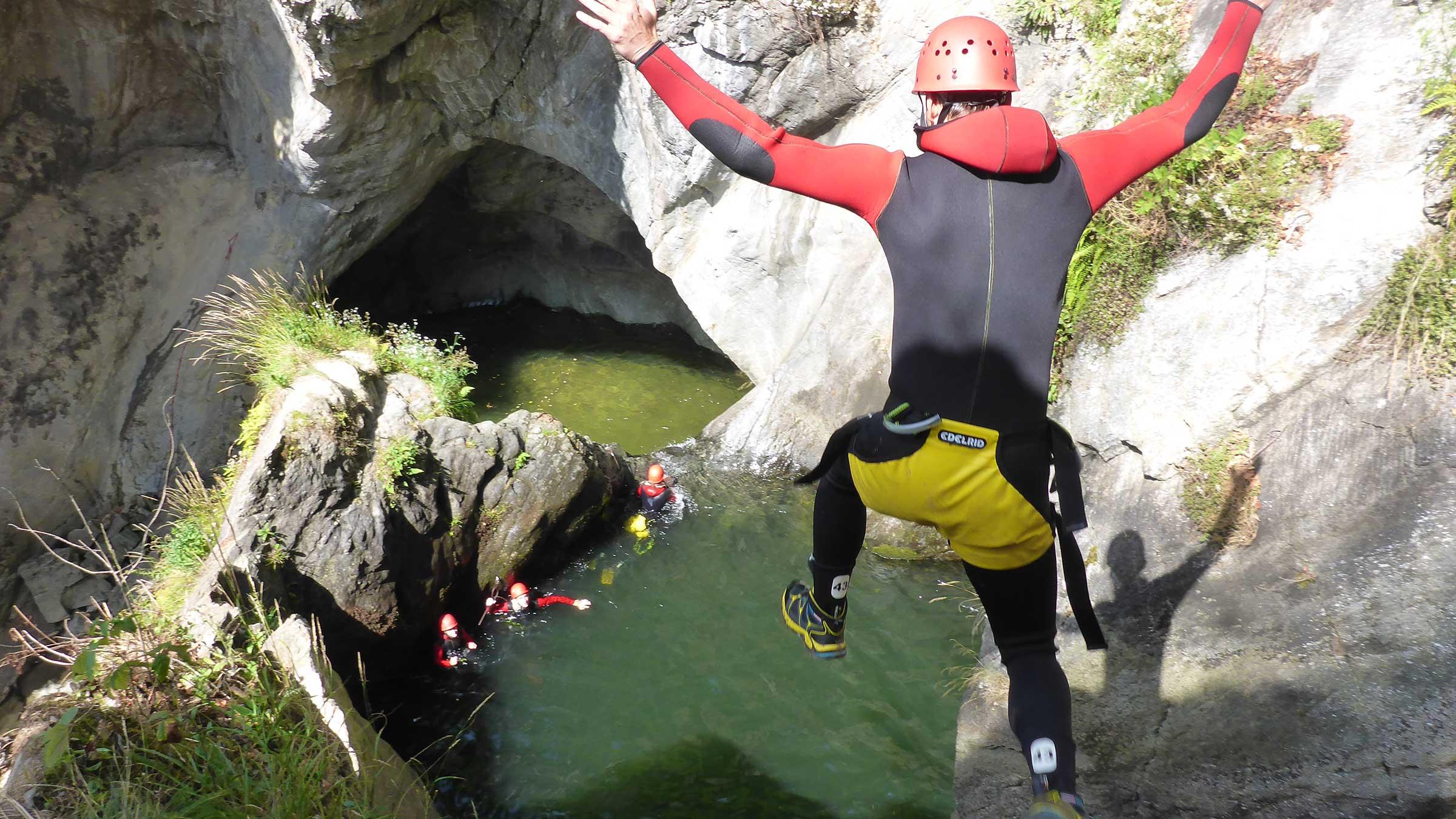 Canyoning Sprung - Canyoning und Rafting im Ötztal