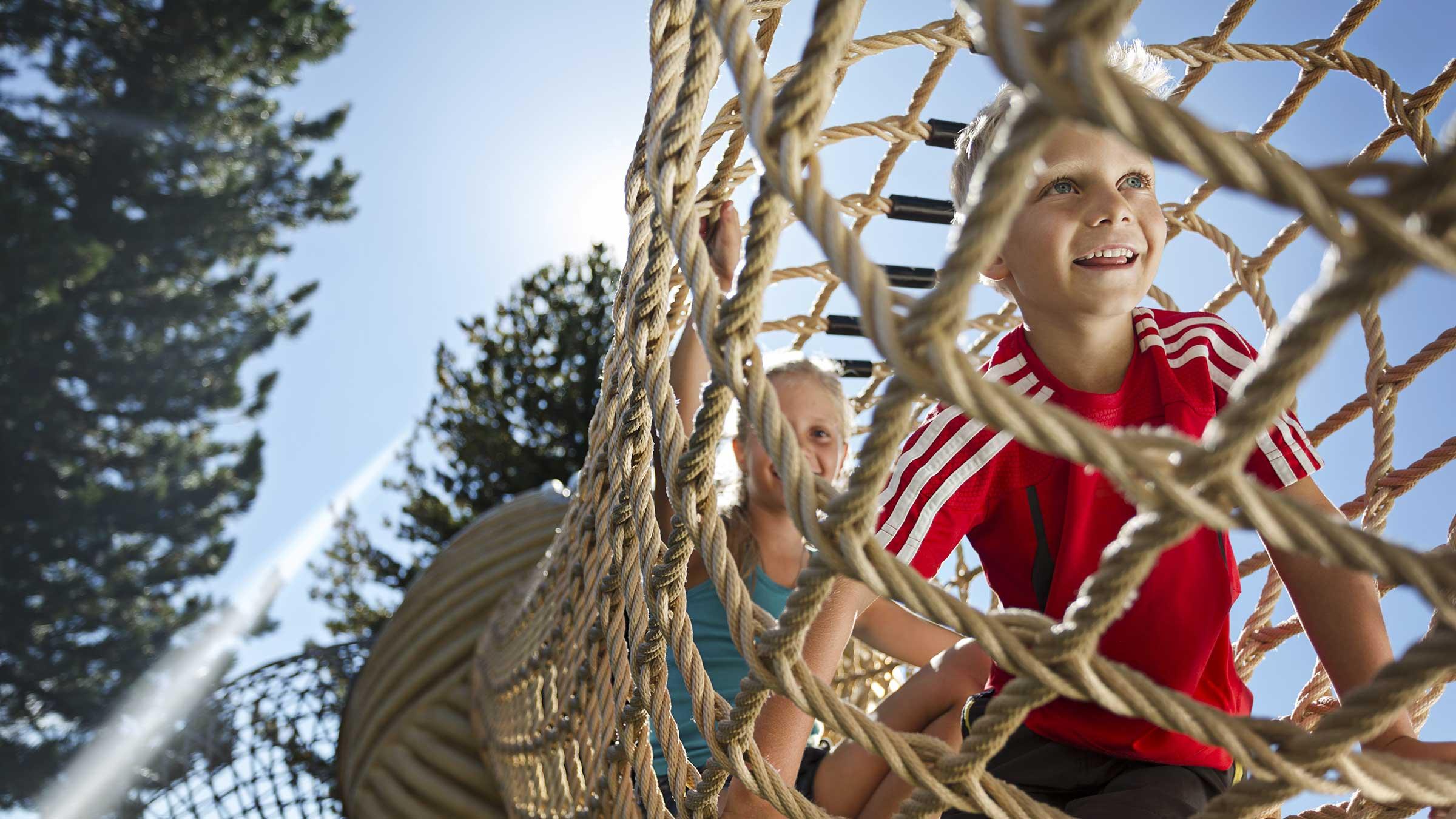 Kinder im Wollspielwald - Widiversum