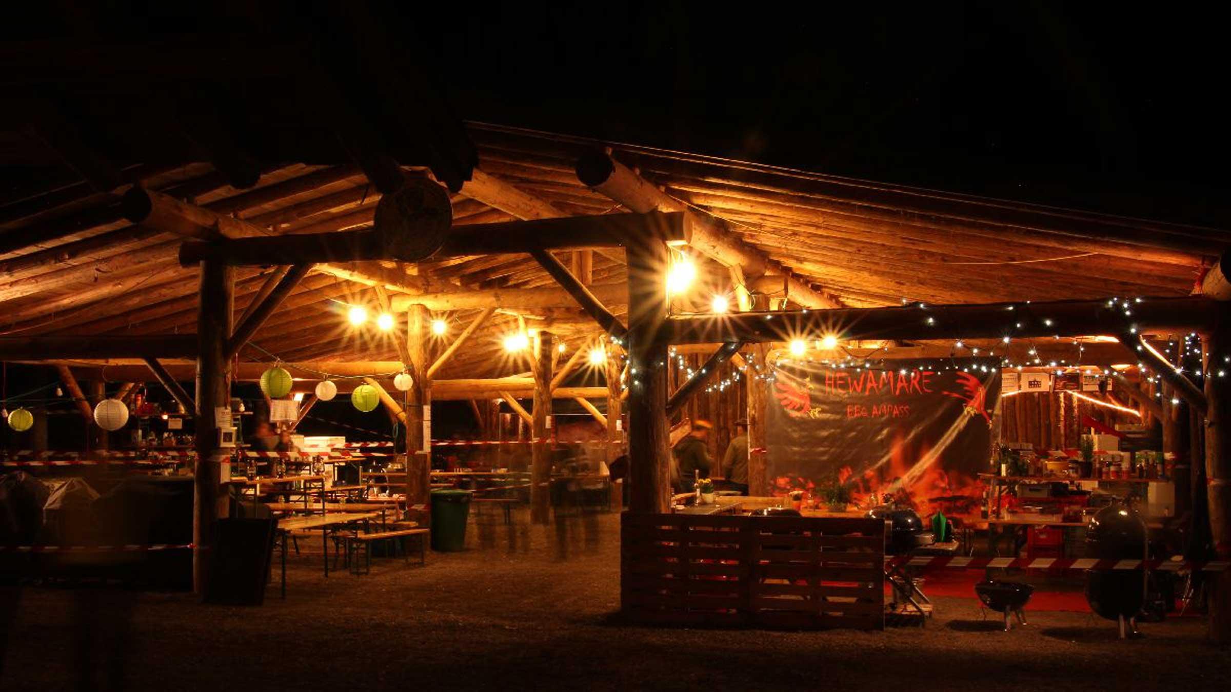 Letzte Vorbereitungen - Tiroler Grillmeisterchaft