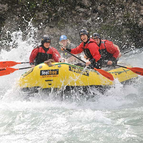 Spaß beim Rafting - Canyoning und Rafting im Ötztal