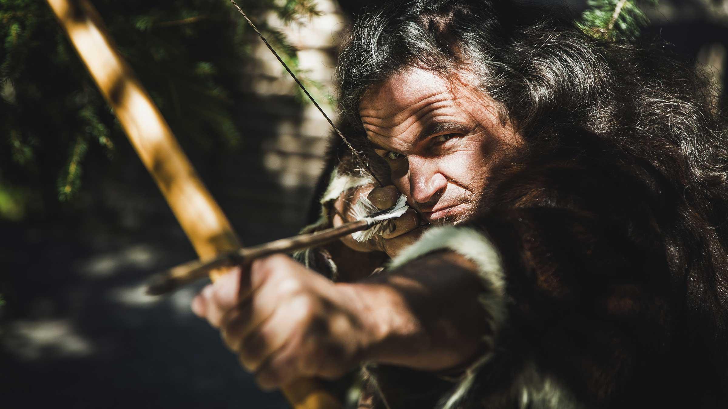 Ötzi mit Pfeil und Bogen - Kriminalall Ötzi