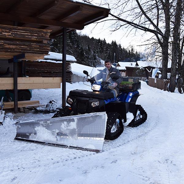 Quad zur Schneeräumung - Piburger See
