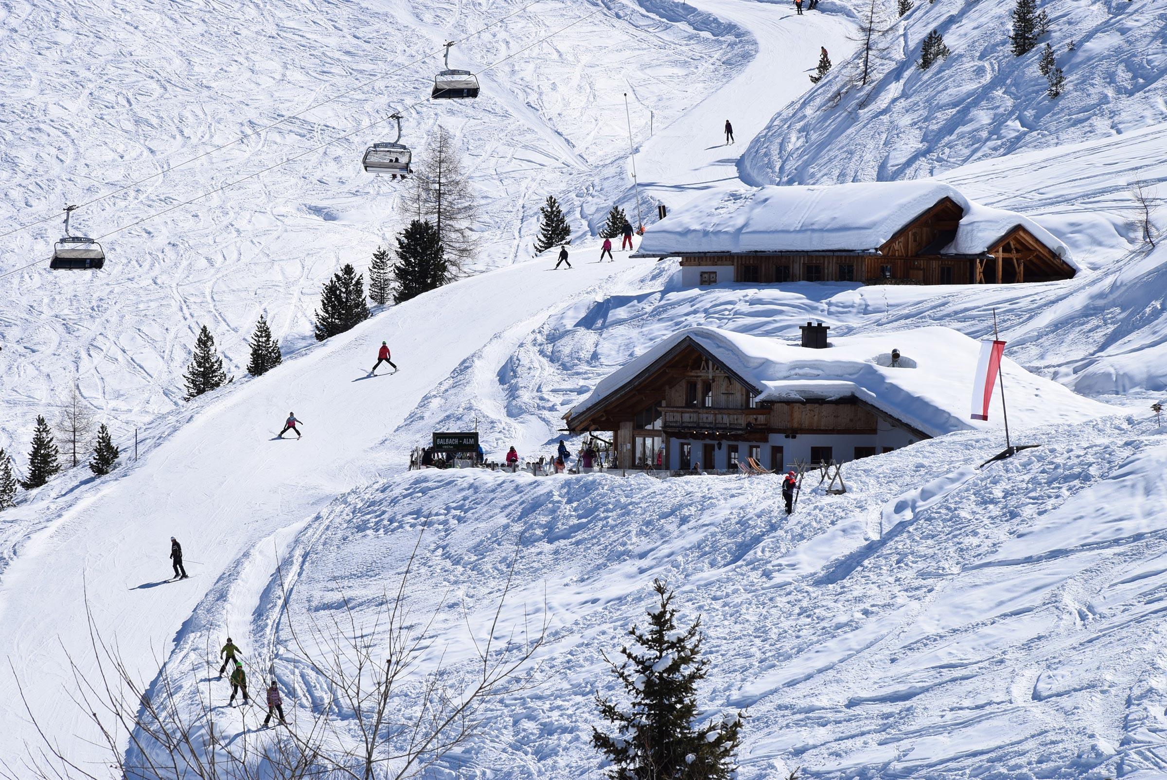 Blick auf Balbach Alm - Skiregion Hochoetz
