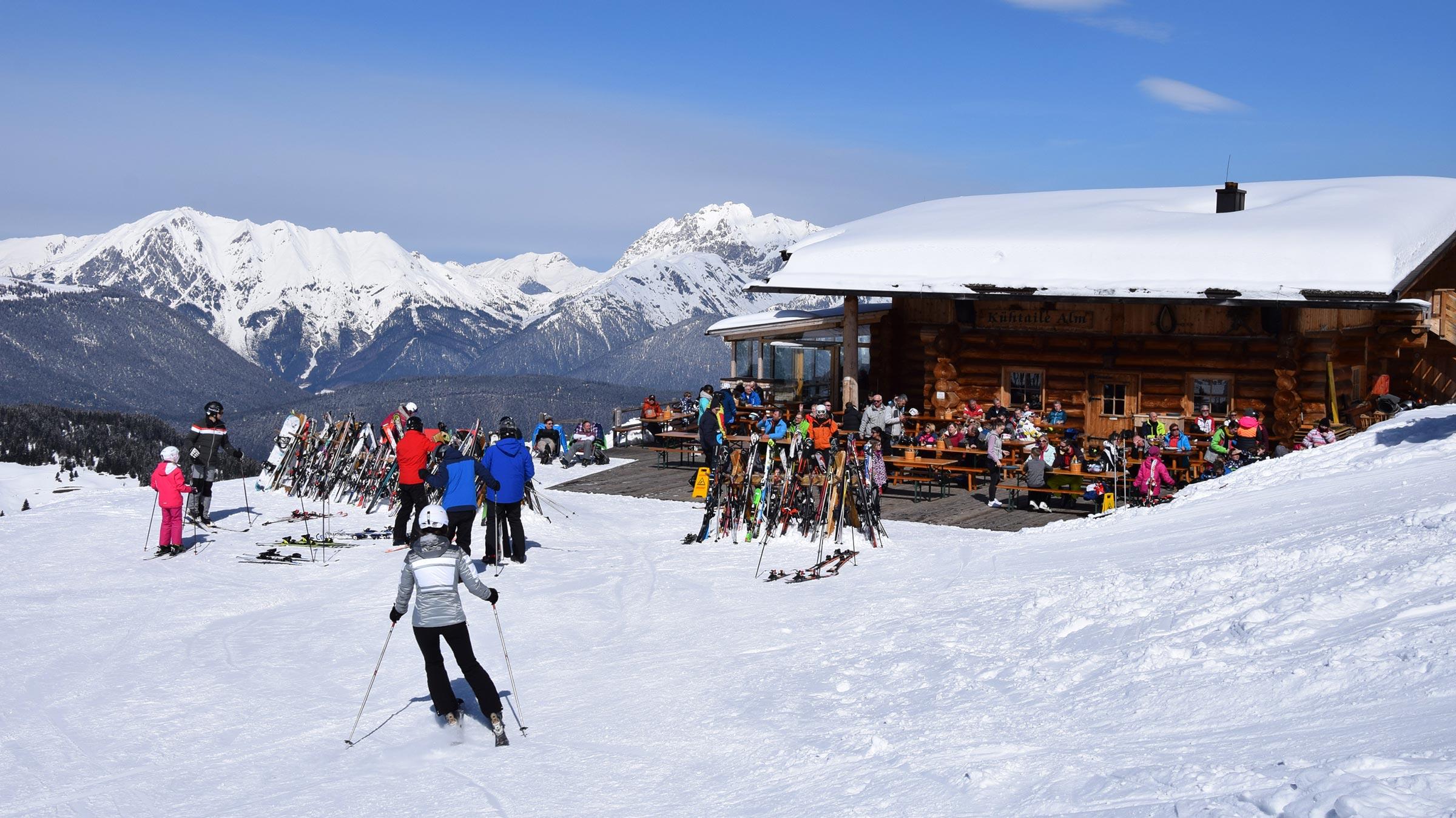 Skihütten für Sonnenanbeter in Hochoetz