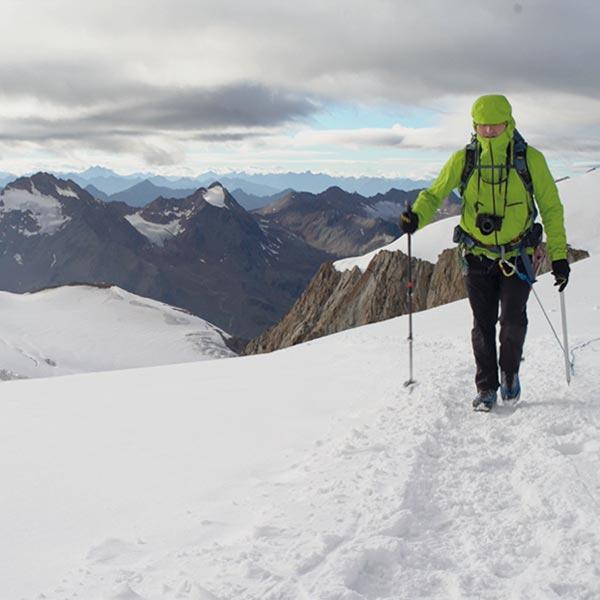 Unterwegs am Gipfelgrad der Wildspitze - Wildspitze Ötztal