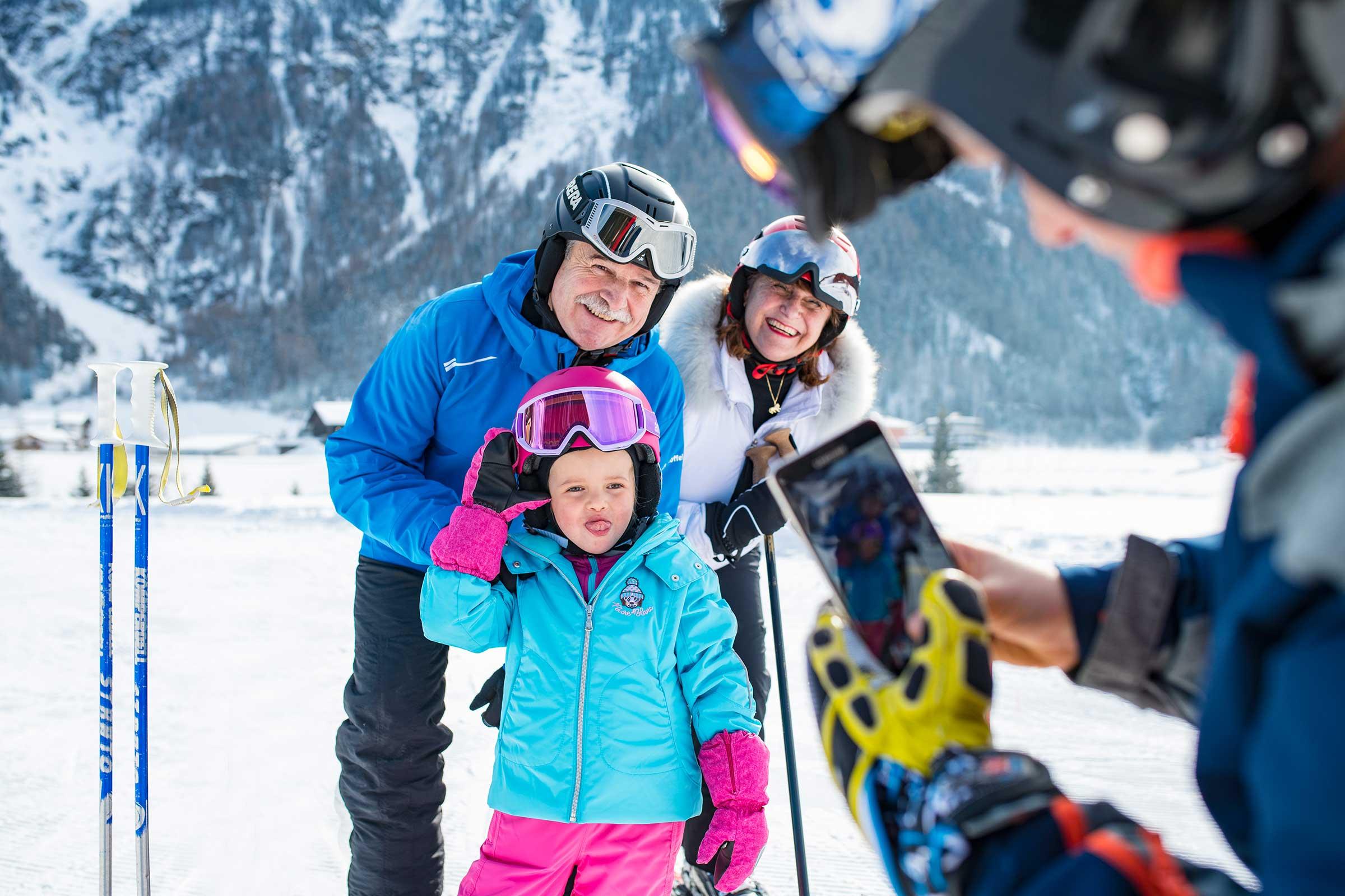Schnappschuss Familie - Skiurlaub im Ötztal